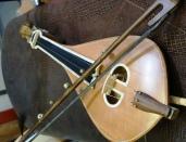 Ηandmade Cretan lyra with masif spruce vessel and a lid made of cedar. A fine balance between hand craftsmanship and exceptional audio performance. By Pegasus Musicstore .